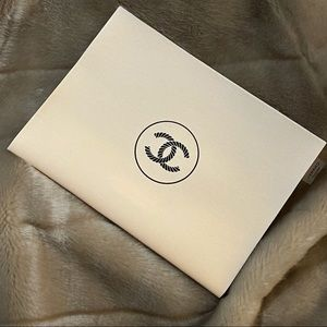 ✨Auth - Chanel Canvas Bag in Beige vip